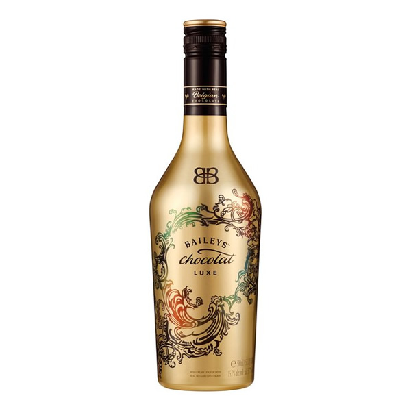 Baileys Chocolate Luxe is the must have drink this Christmas, a great gift for friends or family