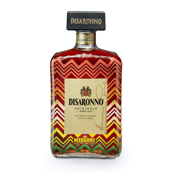 For the fifth year in a row, the most popular Italian liqueur introduces a new limited edition, this is the perfect Christmas tipple!