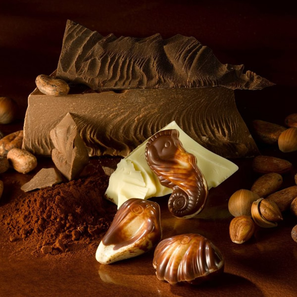 What better way to spoil yourself or to say Happy Christmas than with delicous marbled Belgian Sea Horse chocolates