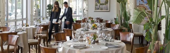 Carlton Restaurant Review