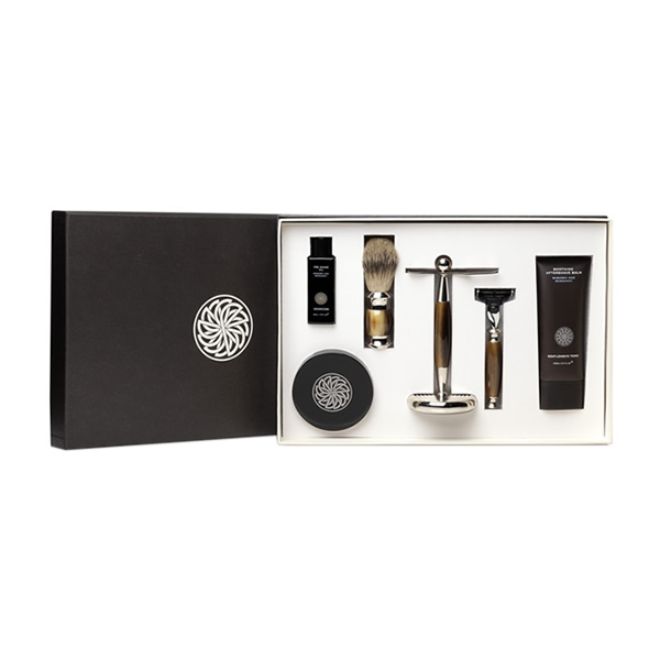An elegant gift set that contains a perfect combination of their best selling products - a great way to experience Gentlemen's Tonic.