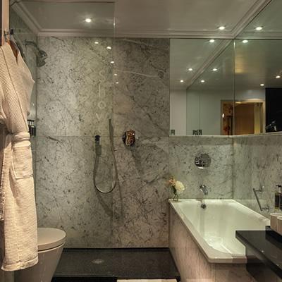 The May Fair Hotel London Bathroom