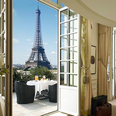 Shangri-La Hotel Paris Bathroom