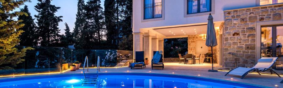 Villa Poseidon Review